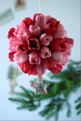 Composizioni floreali con fiori freschi composizioni di for Composizioni natalizie fai da te