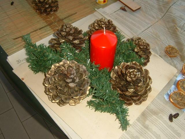 Popolare Natale: fai da te le decorazioni natalizie seguendo le istruzioni  NY69