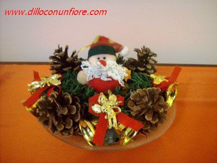 Natale composizioni floreali con i bulbi addobbi for Centrotavola in inglese